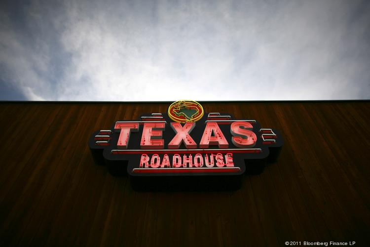 A restaurant industry analysts expects casual-dining restaurants such as Texas Roadhouse to report slower-same store sales for the third quarter.