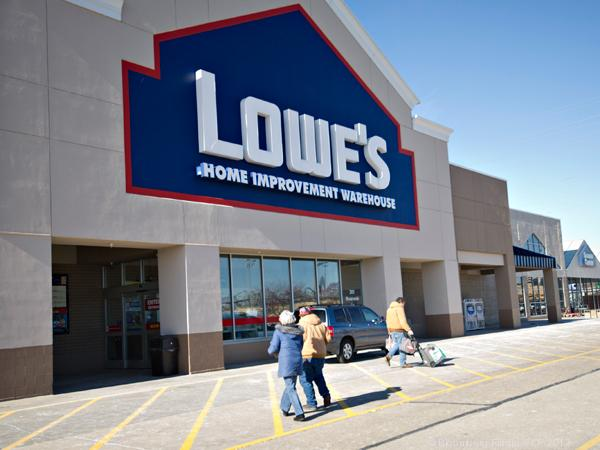 Home improvement retailer Lowe's may be catching up with rival Home Depot after a look at recent earnings results.