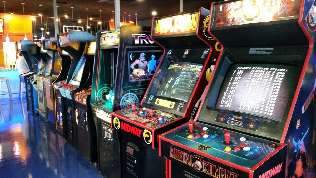 Level One Bar Arcade Opens At Crosswoods In Columbus