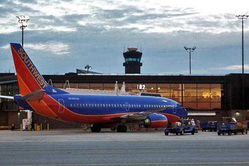 southwest airlines corporate governance issues Delivering brand experiences the southwest airlines way the nuts about southwest blog achieved notoriety years ago as a great example of corporate governance.