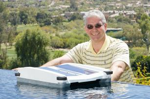 Solar pool cleaner raises more than $400,000 on Kickstarter