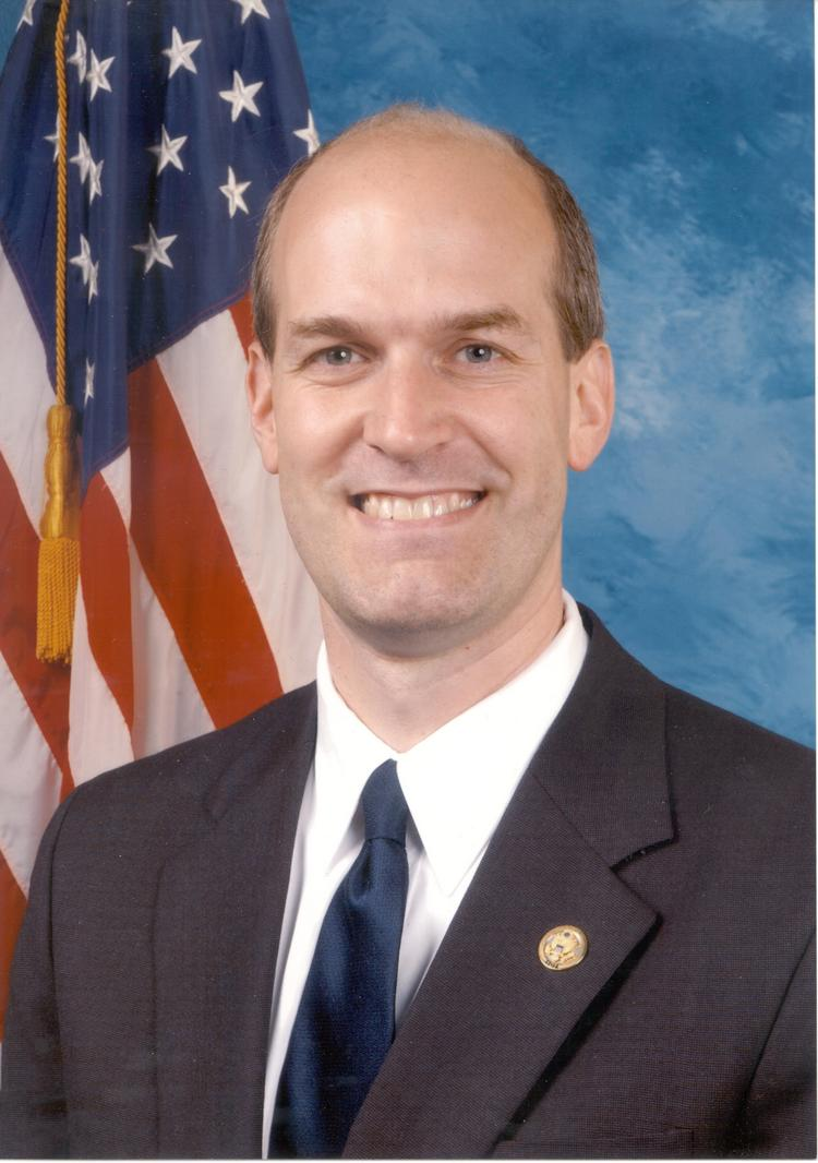U.S. Rep. Rick Larsen, a Democrat who represents the 2nd District of Washington state, has introduced a bill that would allow tech companies to notify customers about government access to data.