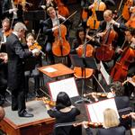 KC Symphony music director extends contract