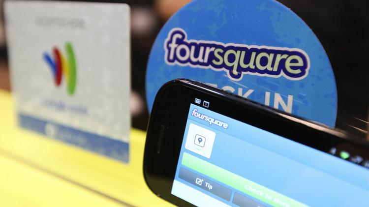 Foursquare, one of the early big hits of the consumer-tech scene in New York, is taking a big step: Splitting its app into two products.