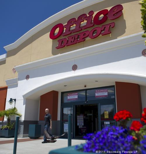 OfficeMax And Office Depot Negotiate Possible Merger