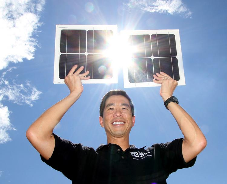 Cliff Ho of Sandia National Laboratories worked on technology that measures the reflectivity of solar panels, winning a high-profile R&D 100 award.