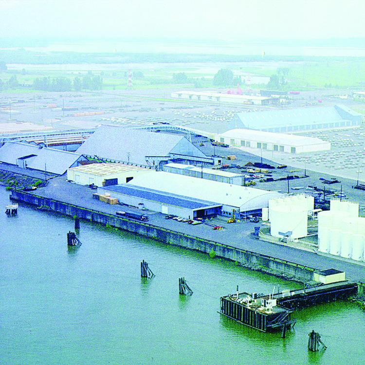 NuStar Energy's Vancouver, Wash., petroleum terminal is handling fuel for U.S. military facilities under a new $23 million contract.