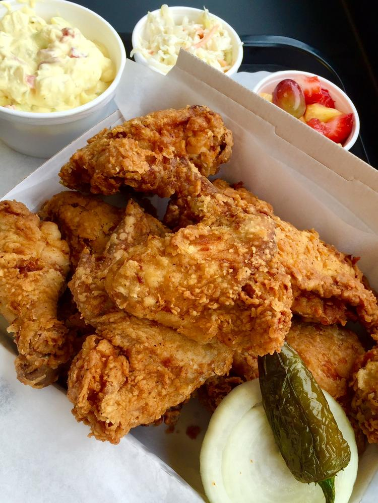 Feed Tx Restaurant Group Opens Lees Fried Chicken Donuts In