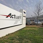 Actuant 4Q falls just short of analysts' consensus; firm buying back more stock