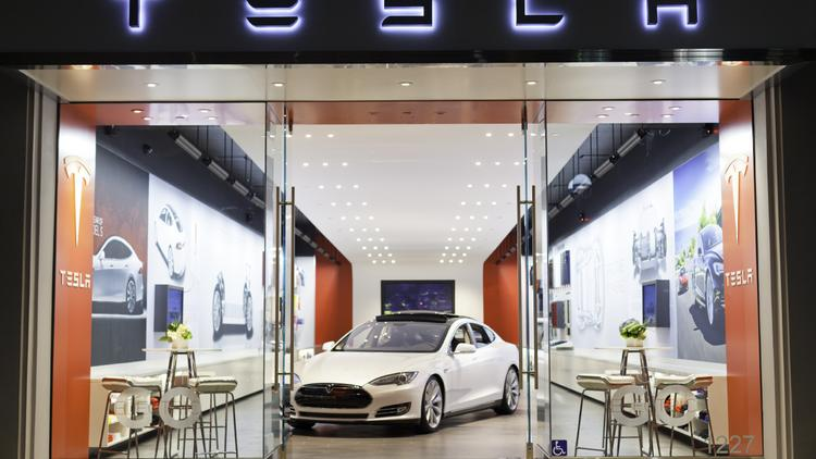 Tesla is planning on opening a new store in Boston.