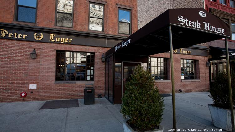 How Peter Luger Steak House Gets Away With No Credit Card