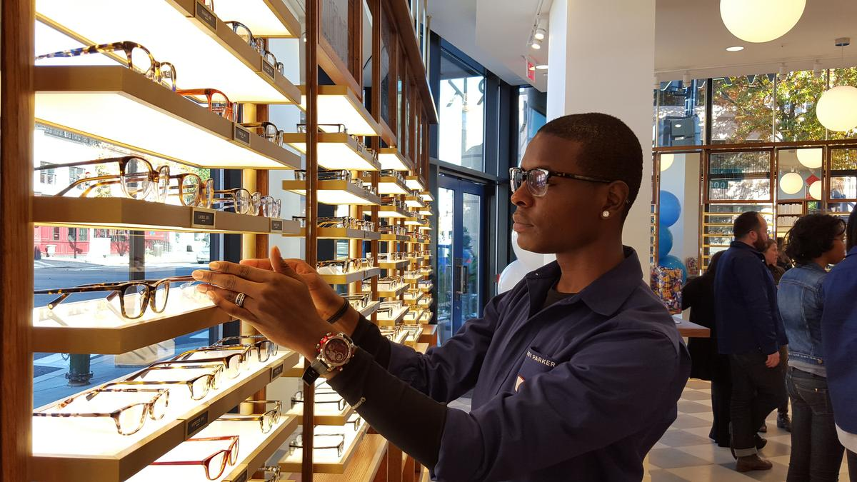 Warby Parker opening a store at Tysons Corner - Washington Business ...