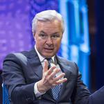 Wells Fargo CEO <strong>John</strong> <strong>Stumpf</strong> steps down, Tim Sloan takes over as CEO