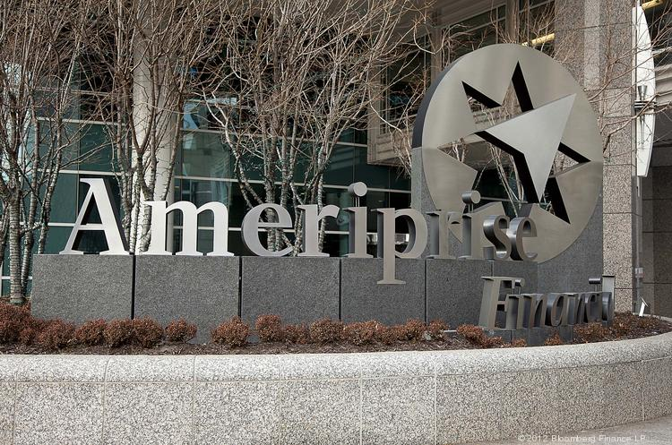 Ameriprise Financial is developing systems to reduce the regulatory risks for advisers on Facebook and LinkedIn.