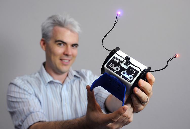 Barobo president and co-founder Graham Ryland  used Kickstarter to raise $45,792  to fund the Linkbot.