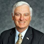 Bill Klesse, the CEO of Valero Energy Corp.
