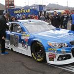 Rain shortens Phoenix Nascar race, with <strong>Dale</strong> <strong>Earnhardt</strong> collecting the win