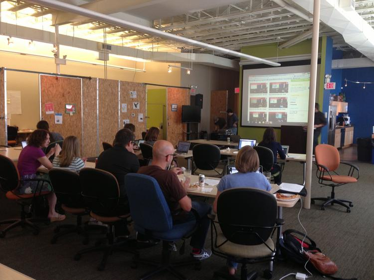 A recent session at AlphaLab led by Director Jim Jen on what to think about when putting together a pitch.