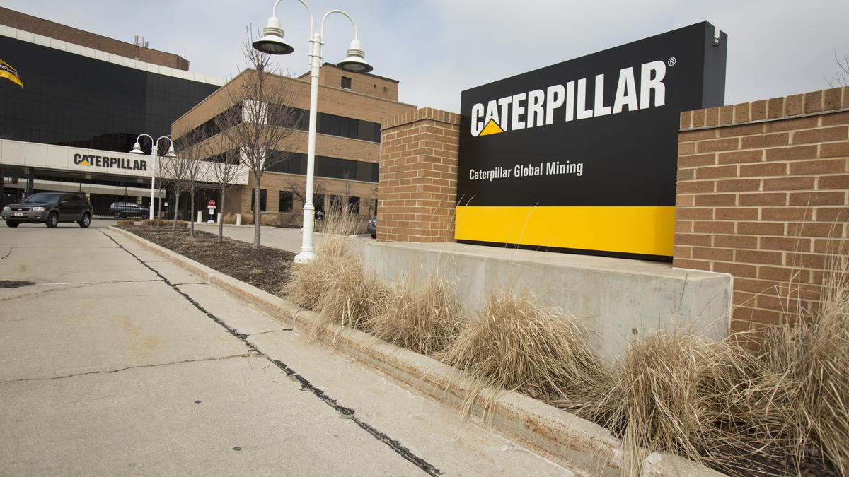 Caterpillar To Cut 10 000 Jobs By 2018 May Close More