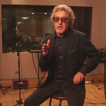 First Citizens Bank sponsors rocker <strong>Roger</strong> <strong>Daltrey</strong>'s nonprofit Teen Cancer America