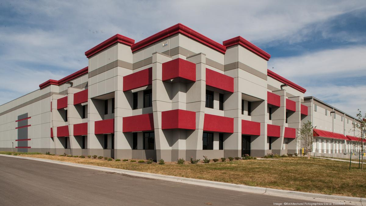 Apparel Firm Will Create 200 Jobs Leases Space In Hot Olathe