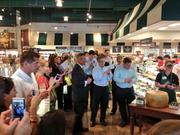 Orlando Mayor Buddy Dyer marveled in how quickly The Fresh Market store in Mills Park was constructed.