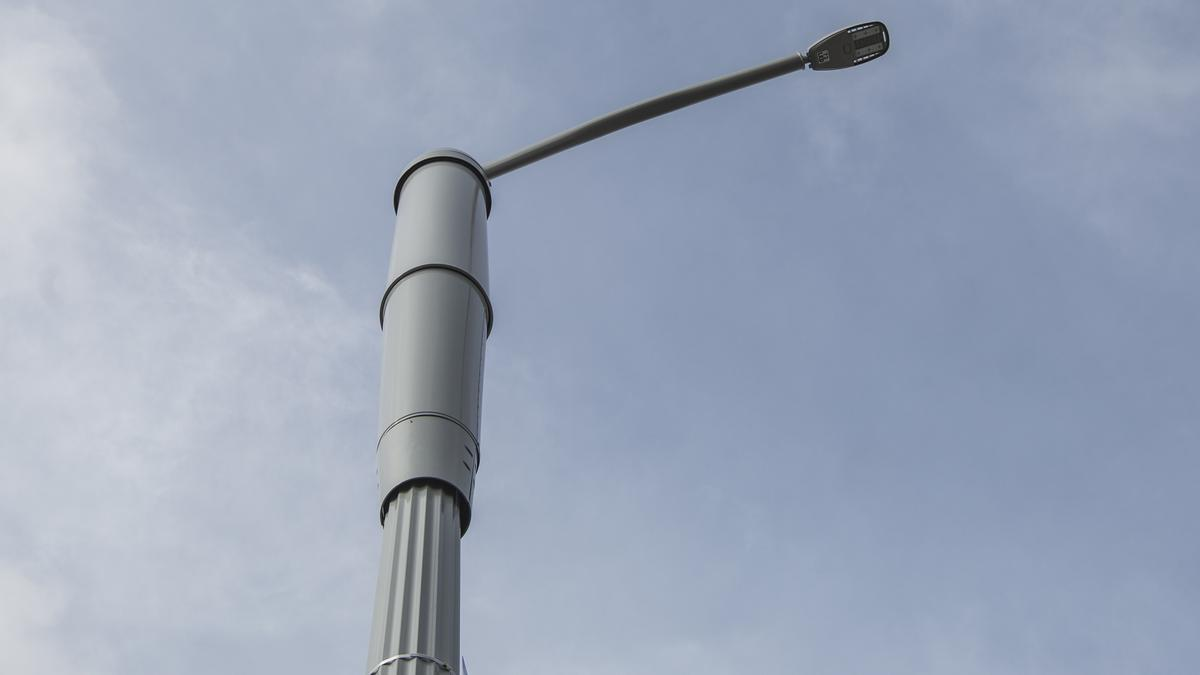 San Jose Light Poles Go High Tech Silicon Valley