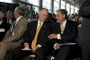 Gov. Robert Bentley and Wayne Smith, chairman and president and CEO of Community Health Systems, at the Grandview Medical Center announcement.