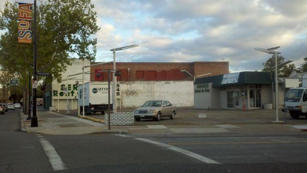 Sares Regis will start demolition work at this site at South Market Street and Pierce Avenue, which will soon be home to a 232-unit apartment complex.