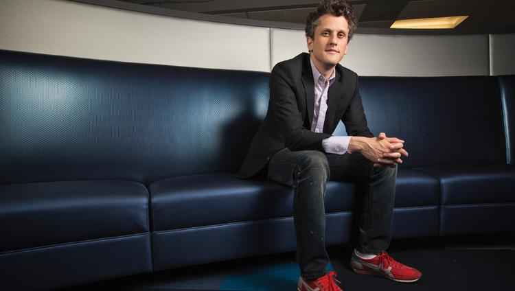 Box, led by CEO Aaron Levie, has raised $150 million in new funding as it waits for the right moment to go public, but it has also lowered the amount it is seeking in an IPO to $150 million from $250 million.