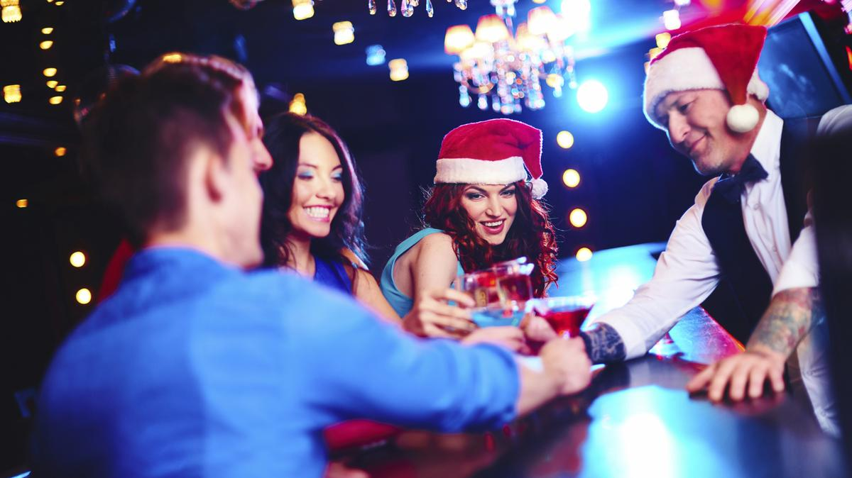 10 bars in Charlotte open on Christmas Day - Charlotte Business Journal