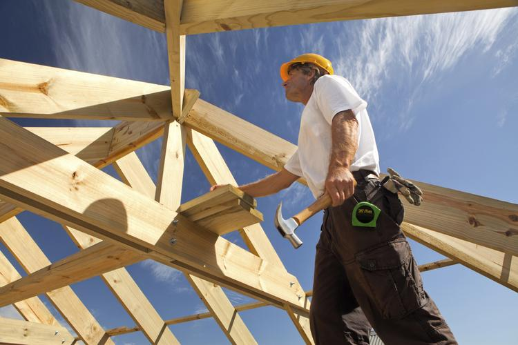 Confidence among the nation's homebuilders rose to the highest level in nearly eight years this month, according to the National Association of Home Builders.