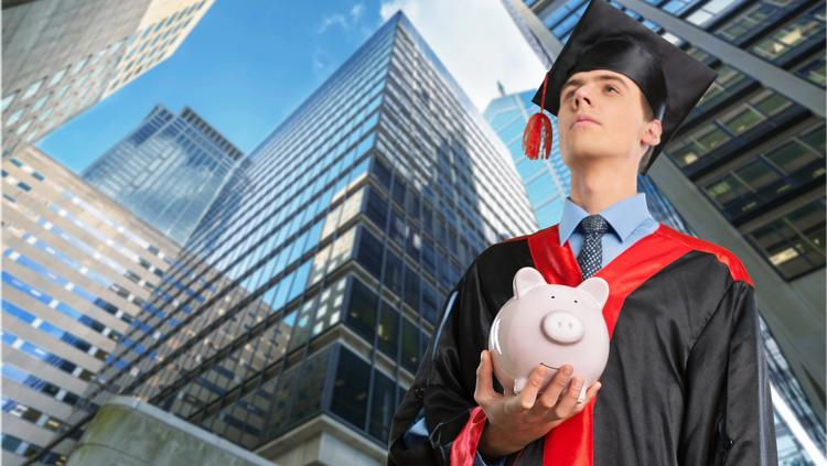 $1 billion in student loans are expected to be dispersed this year by CommonBond, which today announced $275 million in funding and a new hire with experience as managing director at Lehman Brothers.