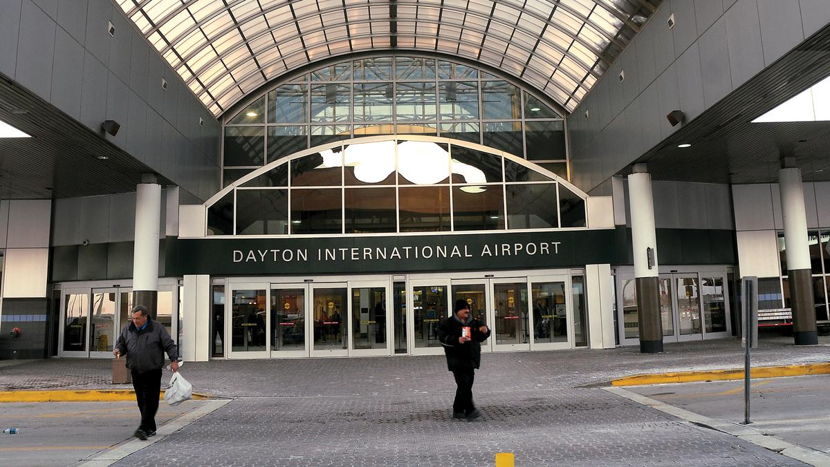 dayton airport arrivals today