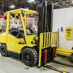 5 hazards of workplace forklift use