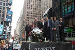 <strong>Fox</strong> raises $128M in public debut, ends day up 24%