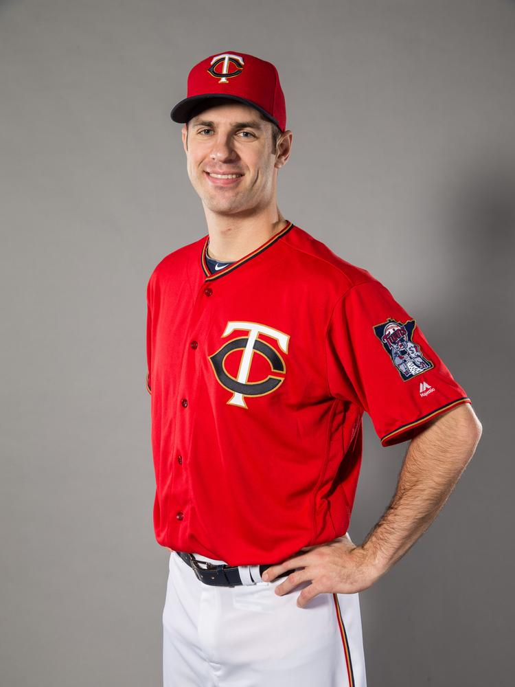 92acbd16601 Minnesota Twins bring back red jerseys for first time in two decades ...