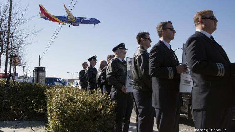 Southwest Airlines pilots accept contract agreement, big