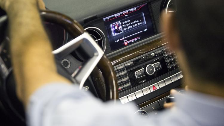 INFOTAINMENT 