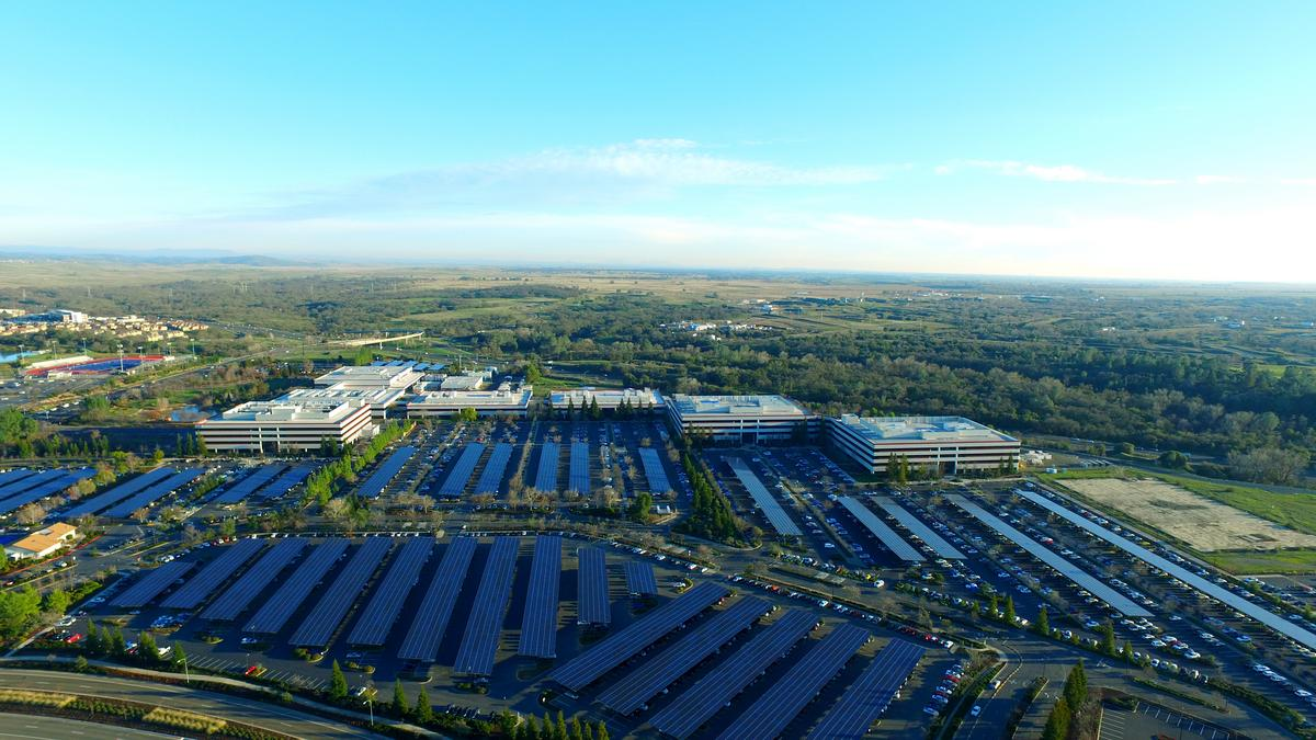 Intel Corp And Solar City Unveil Massive Solar Array At