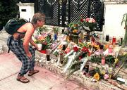 Right after Gianni Versace was shot on the steps of his mansion on July 15, 1997, it wasn't uncommon to see visitors leaving flowers and candles as memorials at the site.
