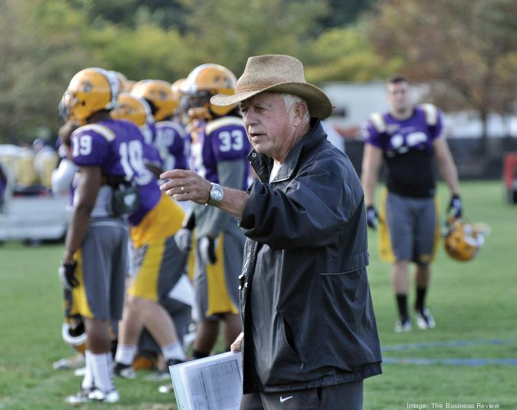 Bob Ford, who is starting his 44th season as head coach of the University at Albany football team, will retire at the end of this season.