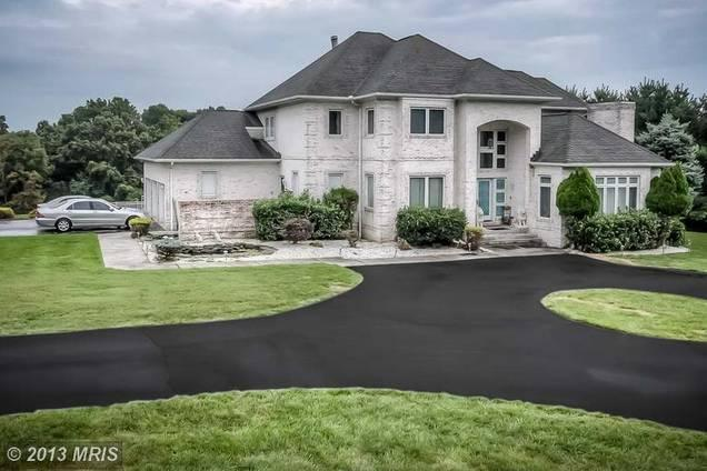 Retired Baltimore Ravens linebacker Ray Lewis has listed his Owings Mills house for $1.1 million.