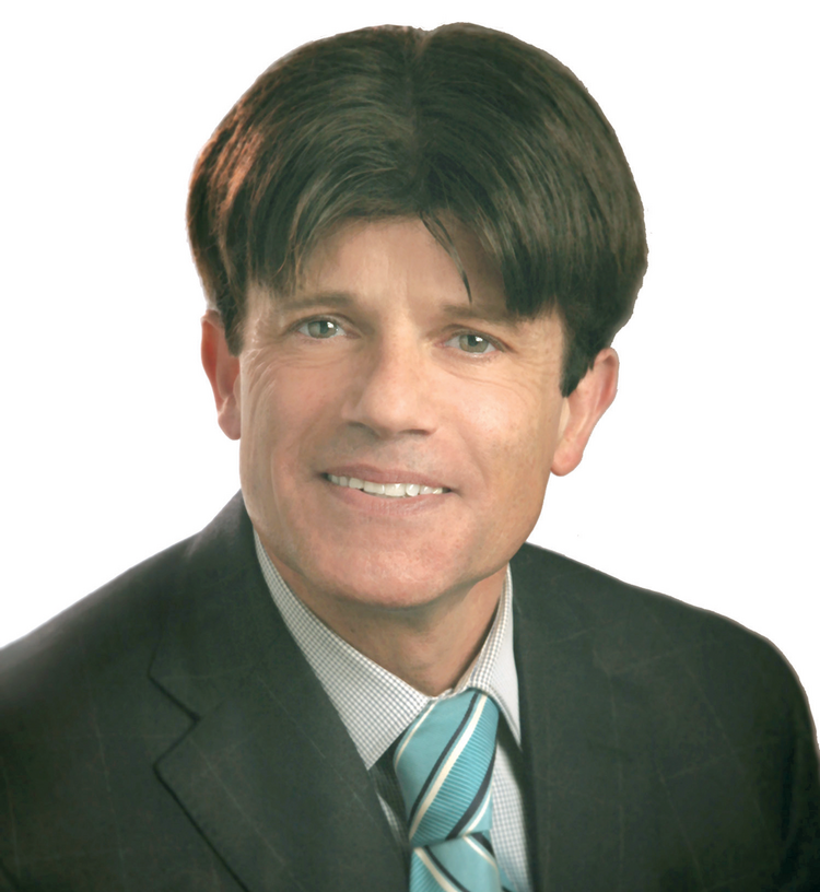 Robert Smith is an investment adviser with Peregrine Private Capital Corp.