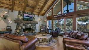 Tumalo Custom Home on Acreage
