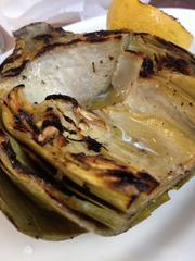 Grilled artichoke with butter