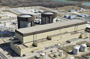 Exelon Corp.'s Braidwood Generating Station nuclear power plant stands in Braceville, Ill.