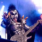 Yahoo, Live Nation to stream Kiss, John Legend concerts into your living room
