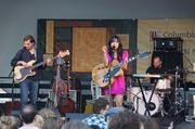 Thao & The Get Down Stay Down performed before the movie began.