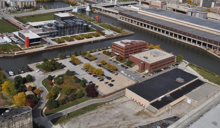 The panels will be installed on the roof of the MMSD headquarters on West Seeboth Street, across the canal from the Harley-Davidson Museum (top left).